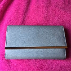 Apt 9 wallet